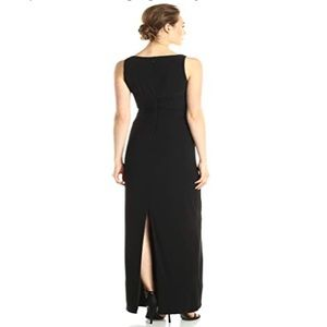 Adrianna Papell Black V-Neck Gown